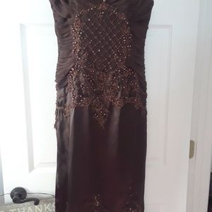 Cache Coeur Dresses - BEADED DRESS BY CACHE LUXE size 8